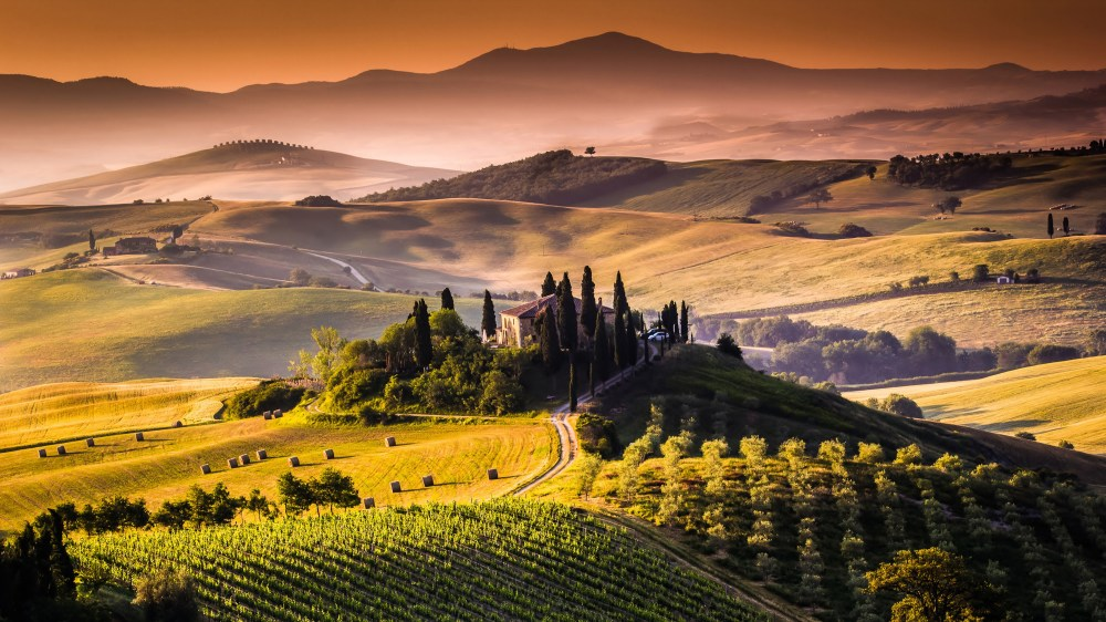 tuscany-landscape-wallpaper-3.jpg