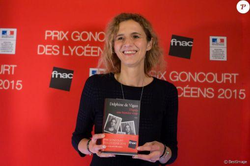 2502741-delphine-de-vigan-laureate-du-prix-gonc-950x0-1