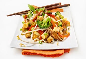 saute-vegetarien-legumes-tofu