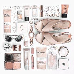 ba58ec73802805314a07de47699f4d41--flat-lay-photography-instagram-fashion