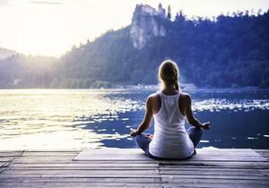 Meditation-du-soir-on-evacue-le-stress-pour-un-sommeil-paisible