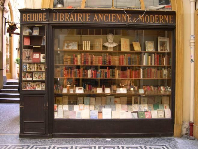 174d8e52b64a6f074678fd4f6a83780e--old-books-vintage-books